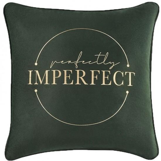 Moderná zamatová tmavozelená obliečka na vankúš IMPERFECT