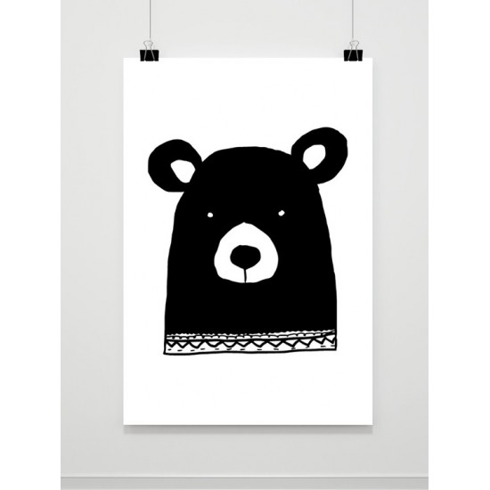 Čiernobiely maľovaný plagát s medveďom