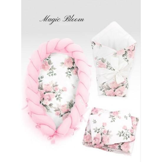 Svetloružová dievčenská výbava pre novorodenca MAGIC BLOOM s kvetmi