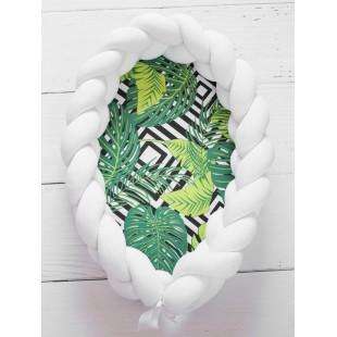 Mäkučké zeleno biele hniezdočko pre bábätko s palmovým vzorom