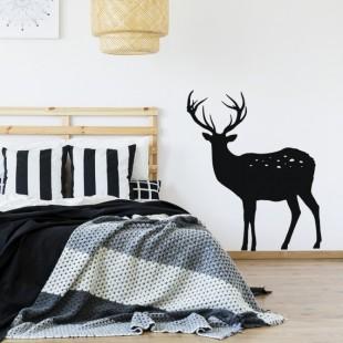 Čierna nálepka jeleňa na stenu