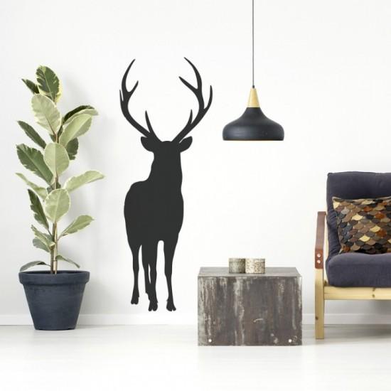 Čierna nálepka na stenu s motívom jeleňa
