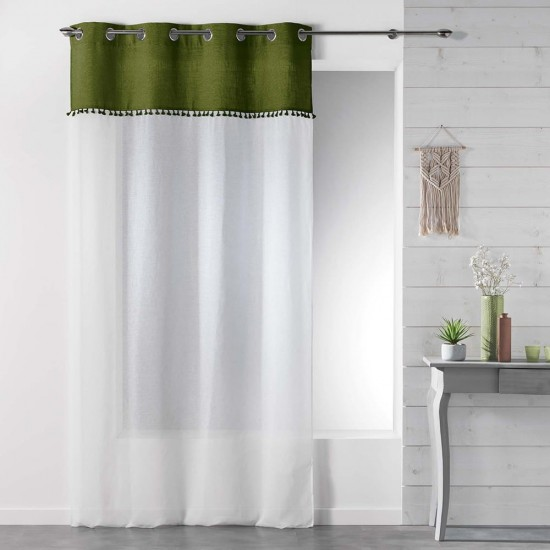 Biela záclona s kovovými kruhmi a tmavozeleným pásom