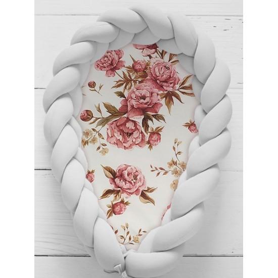 Ružovo svetlosivý kokón pre bábätko so vzorom pivónií