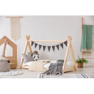 Detská drevená posteľ v tvare indiánskeho stanu