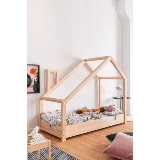 Detská posteľ s vykrojenými bokmi