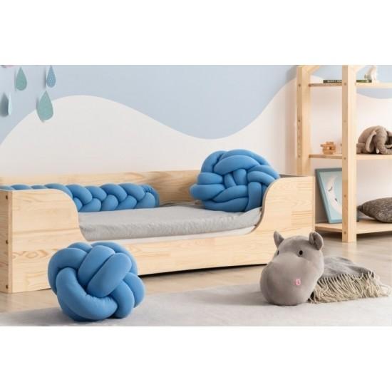 Moderná posteľ so zadnou bočnicou