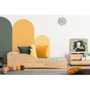 Kvalitná borovicová posteľ