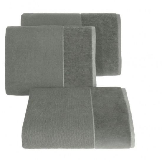 Sivý bavlnený uterák so širokým zamatovým okrajom