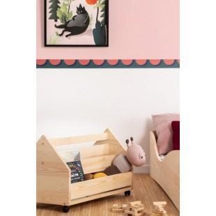 Drevený detský box na kolieskach