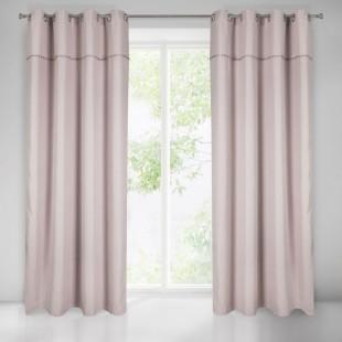 Pudrovo rúžový záves na okno s brmbolcami