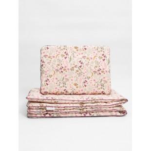 Detská posteľná bielizeň s výplňou a motívom lúčnych kvetov