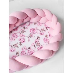 Ružový kokón pre bábätko s motívom srnky a kvetiniek