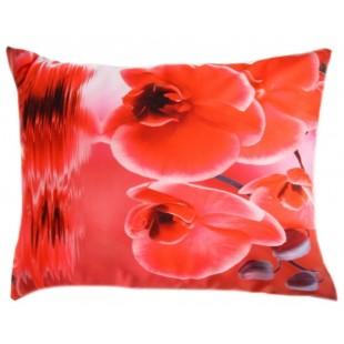 Červená romantická obliečka na vankúš s motívom orchidey