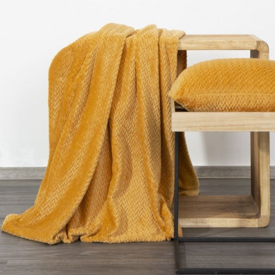Horčicovo žltá dekoračná deka na posteľ s cik-cak vzorom