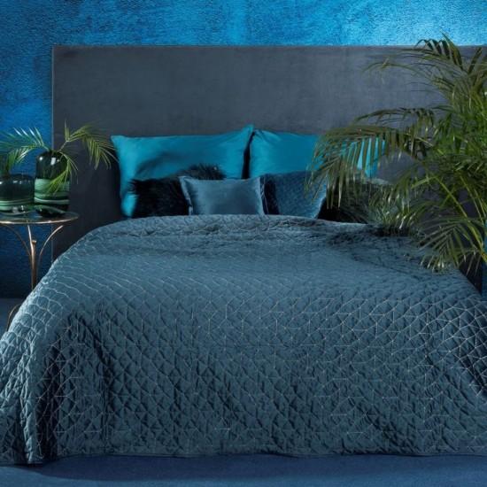 Prešívaný tmavomodrý dekoračný prehoz na posteľ so striebornou niťou
