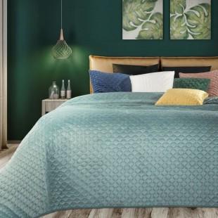 Mentolový zamatový prehoz na posteľ s prešívaním