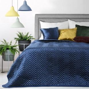 Zamatový dekoračný prehoz na posteľ v tmavomodrej farbe s trblietkami