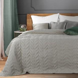 Tmavosivý dekoračný prešívaný prehoz na posteľ