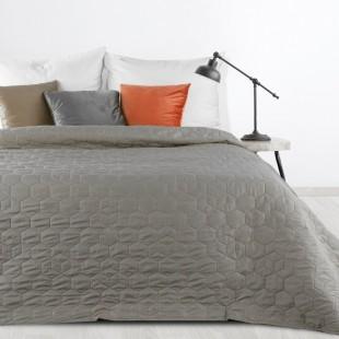 Tmavosivý jednofarebný prešívaný prehoz na posteľ