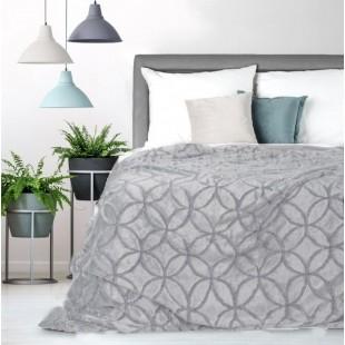 Svetlosivá dekoračná deka na posteľ s motívom kružníc