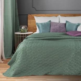 Dekoračný mätový prehoz na posteľ s prešívanými trojuholníkmi