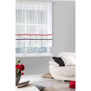 Krémová priehľadná záclona na riasiacej páske s ozdobnými prúžkami