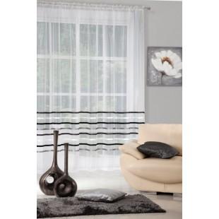 Krémová priehľadná záclona na riasiacej páske s prúžkami