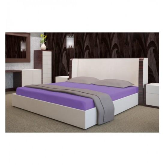 Mäkká fialová posteľná froté  plachta s gumičkou