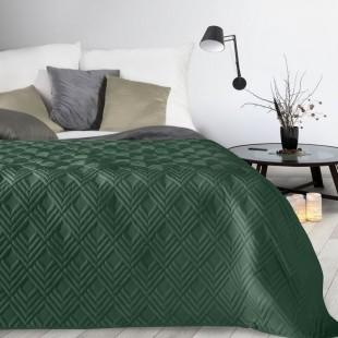 Zelený mäkký prehoz na posteľ so vzorom