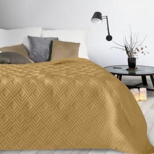 Žltý mäkký prehoz na posteľ so vzorom