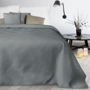 Sivý mäkký prešívaný prehoz na posteľ