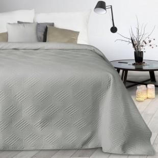 Svetlosivý mäkký prešívaný prehoz na posteľ