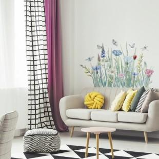 Nálepka na stenu s motívom lúčnych kvetov