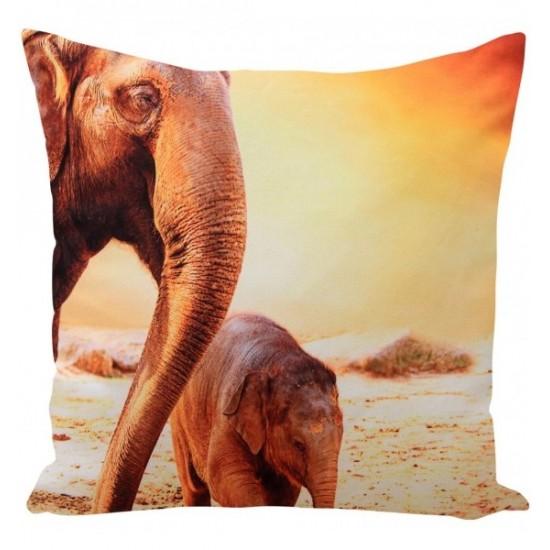 Oranžovo hnedá obliečka na vankúš vzor slony