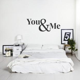 Nálepka na stenu s textom - YOU & ME