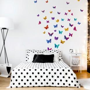 Sústava krásnych detských farebných nálepiek s motýlim vzorom