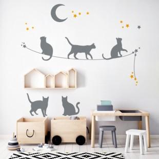 Detská nálepka na stenu s motívom mačiatok a hviezd