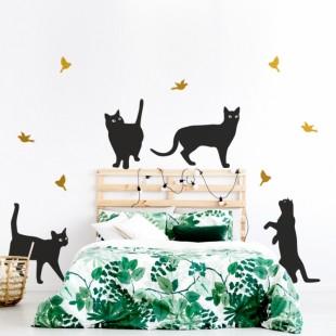 Detská nálepka na stenu s motívom mačiatok a vtáčikov