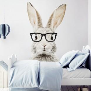Detská nálepka na stenu s motívom králika Štefana s okuliarmi