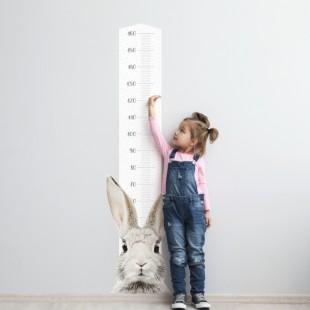 Detská nálepka na stenu v podobe metra so zajačikom Štefanom