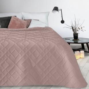 Tmavoružový mäkký prehoz na posteľ s prešívaním
