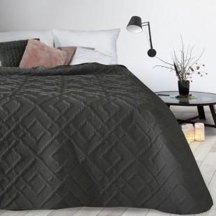 Čierny prehoz na posteľ s prešívaním