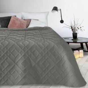Béžový mäkký prehoz na posteľ s prešívaním