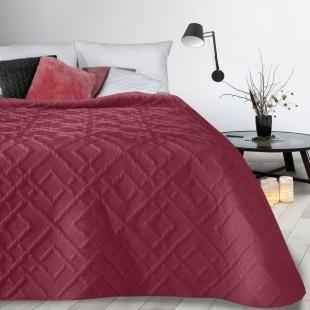 Bordový mäkký vzorovaný prehoz na posteľ