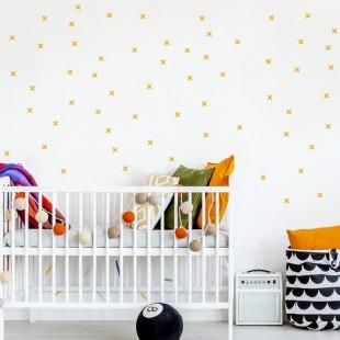 Detské nálepky na stenu s motívom + alebo X