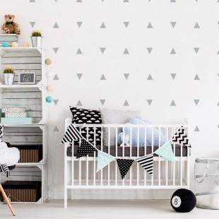 Detské nálepky na stenu s trojuholníkovým motívom