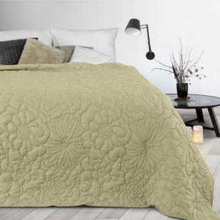Krémový prehoz na posteľ s kvetinovým vzorom
