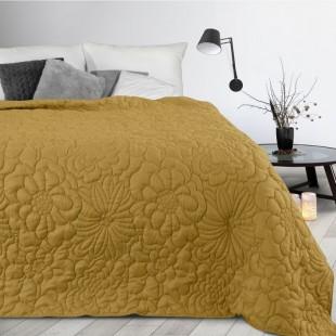 Žltý prehoz na posteľ s kvetinovým vzorom