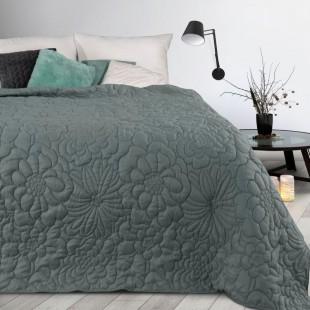 Tmavosivý prehoz na posteľ s kvetinovým vzorom